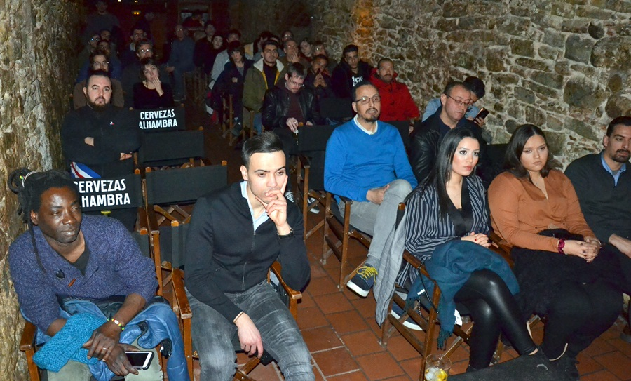"""في حفل فني متميز.. """"إينومازيغ"""" تنظم حفل تقديم ألبومها الجديد """"أريف""""  بمدينة بيك برشلونة"""