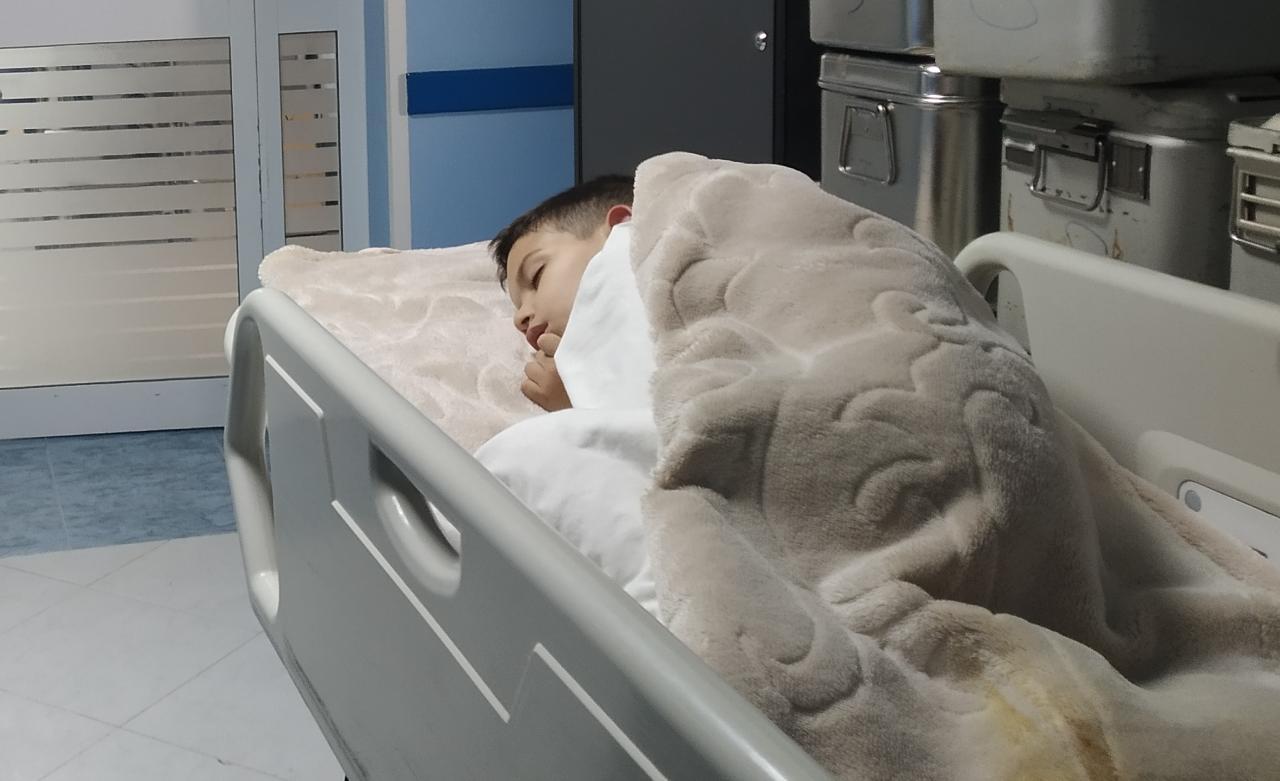 طاقم موقع ناظور24 تتمنى الشفاء العاجل لإبن طارق الشامي بعد إجرائه لعملية جراحية بمصحة الوحدة
