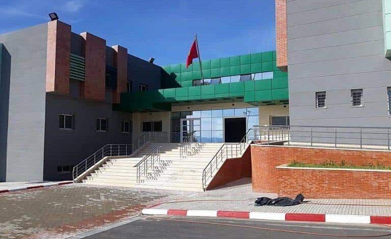"""ثلاث سنوات من انتظار حلول الوزير لافتتاح مستشفى """"جاهز"""" تؤرق ساكنة زايو"""