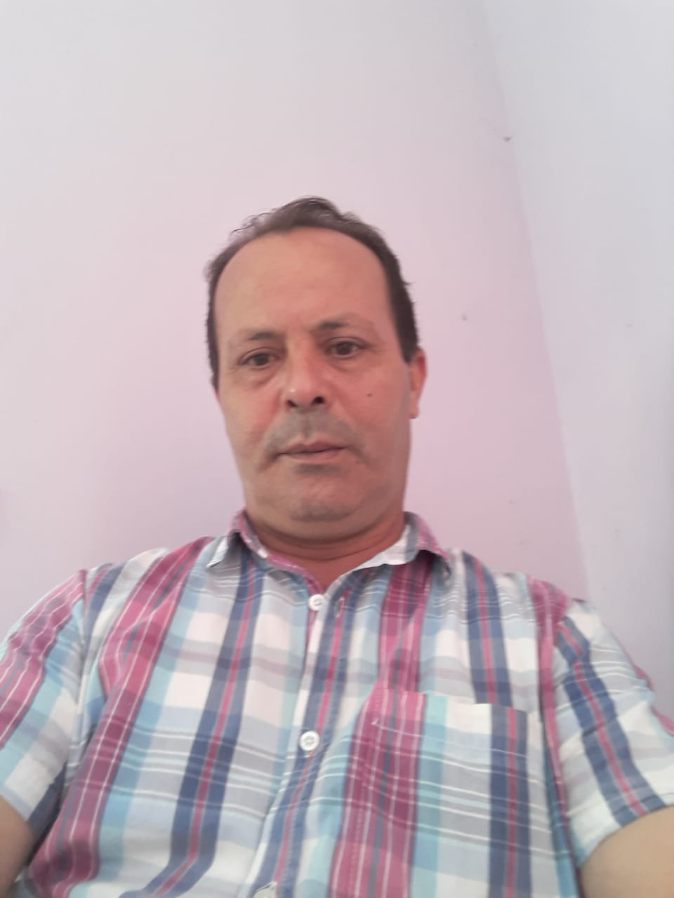 الانتخابات المغربية: إشكالية الانتقال من الكائن الانتخابي الى المواطن الانتخابي.