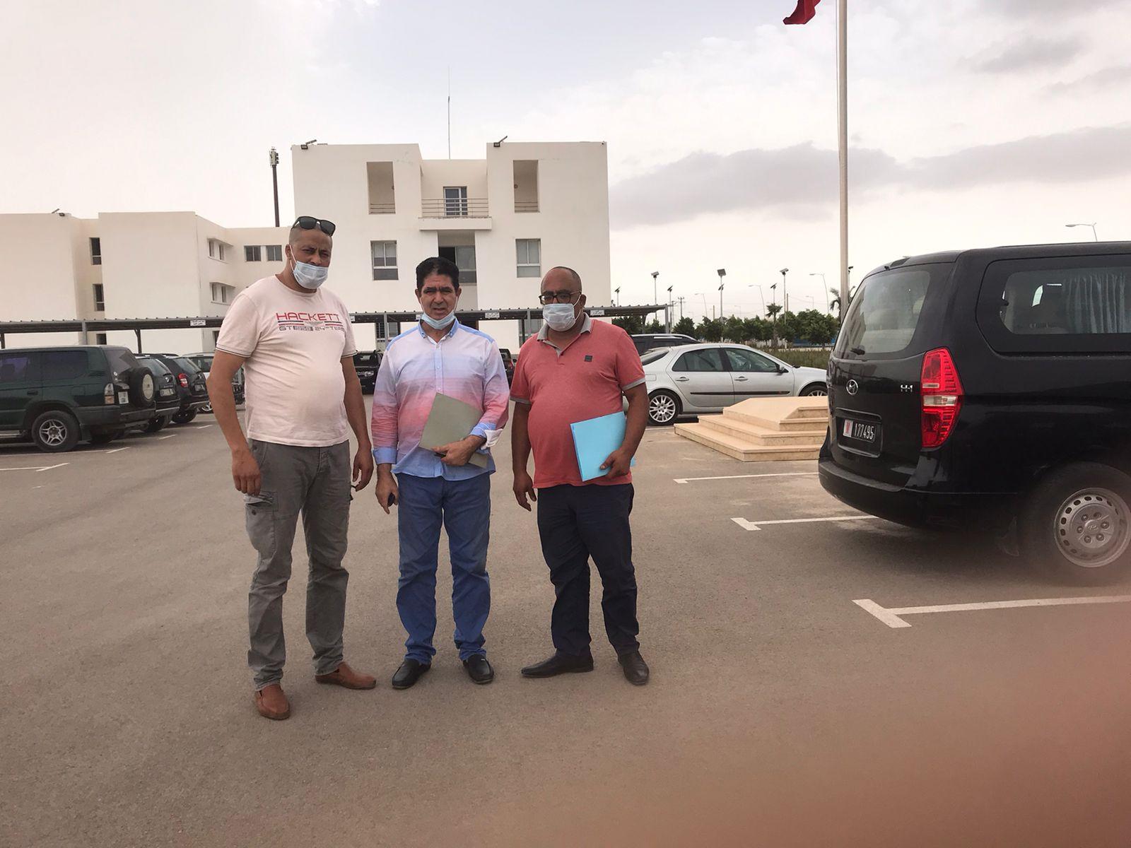 الفتاحي يودع رسميا ملفه للإنتخابات التشريعية عن إقليم الدريوش