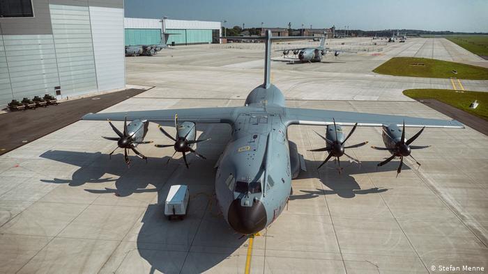 شركة Hexcel الأمريكية لصناعة هياكل الطائرات وشفرات المروحيات المدنية والعسكرية تعلن توسعة مصنعها بالمغرب
