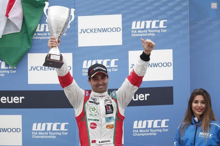 مهدي بناني يتألق في المرحلة الأولى لبطولة العالم لسباق السيارات بفرنسا