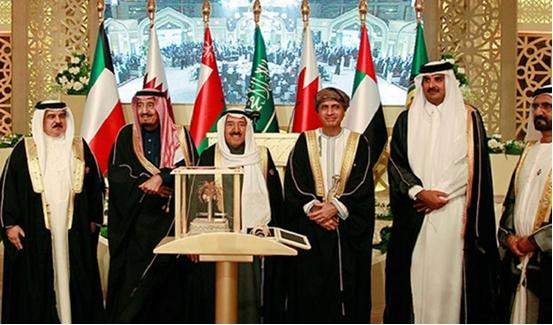 مراقبون : الملك محمد السادس بدا كقائد ثوري وهو يتوجه بكلام مباشر لأمريكا والغرب عموما
