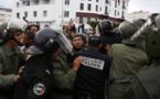 """الأمن يفرّق الأساتذة المتعاقدين بـ""""القوة"""" ويحوّل مسار """"يوم الاعتصام"""""""