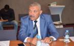 رئيس بلدية أزغنغان السيد لحبيب فانا يضم يده إلى يد الجالية للمساهمة في نادي وفاق أزغنغان