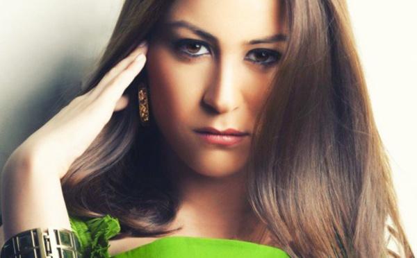 الحقيقة الكاملة: هل تدخلت شيرين عبد الوهاب لمنع منة شلبي من اعتزال التمثيل؟