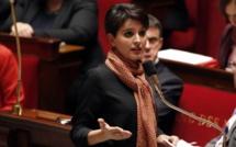 الناظورية بلقاسم تطالب بفك العزلة على مسلمي فرنسا