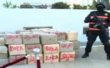 قوات أمنية تعتقل عدة أشخاص وتحجز 8 سيارات وكمية كبيرة من المخدرات بالدريوش وجماعة أمطالسة