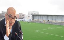 العامل محمد رشدي يحسم في موضوع الملعب البلدي بعد لقائه بعضوين عن المعارضة بمجلس الدريوش